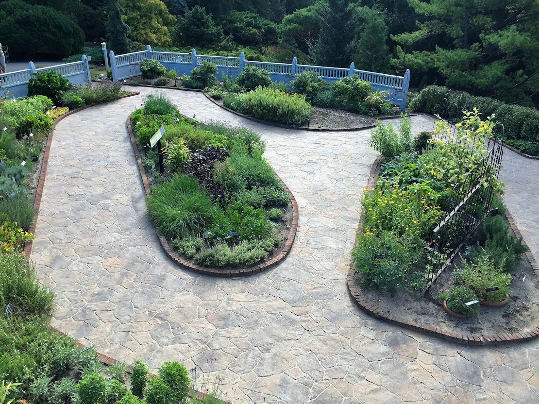 Arboretum Kitchen Herb Garden