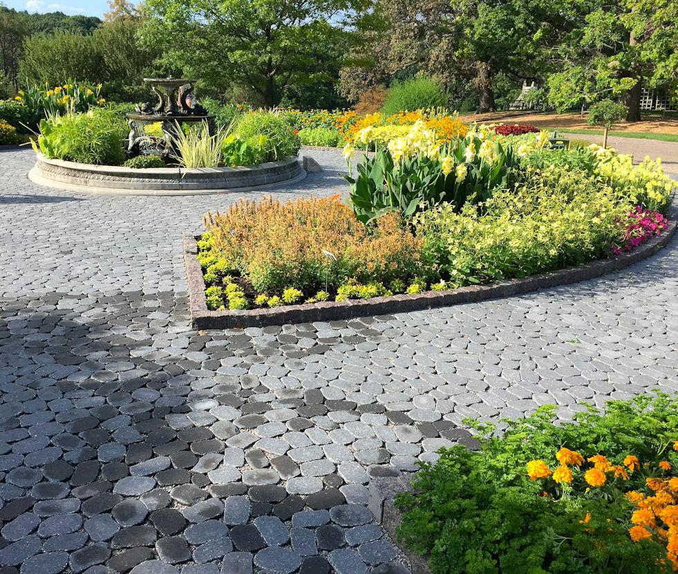 Arboretum Tulip Garden