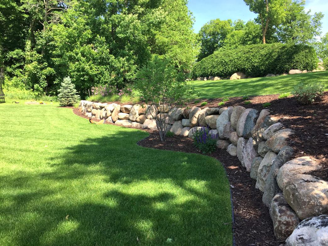 Minnetrista Outdoor Living boulder wall